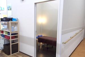 個室の施術ルーム